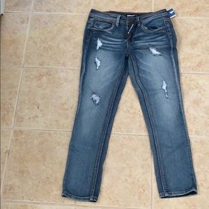 NWT Dollhouse distressed jeans size 9